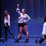 07-dgc-london-kpop-dance-show-17-chungha-snapping